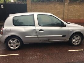 Silver Renault Clio for sale.