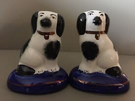 A pair of William Kent miniature porcelain Staffordshire Dogs