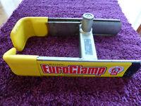 BullDog EuroClamp Wheel Clamp. Car, Caravan, Trailer or Motorhome. Locking wheel bolts & 2 x keys.