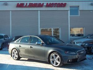 2010 Audi S4 3.0 AWD / 6-SPEED / DRIVE SELECT / ONLY 62, 000 KM