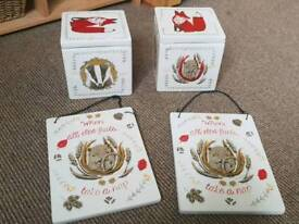 Pot boxes and two pot plaques