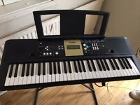 Yamaha YPT-220 Keyboard, Stand and Books
