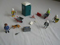 PLAYMOBIL BUILDERS PORTABLE TOILET AND WHEELBARROWS/tools/men police dog & man halloween plus extras