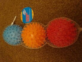NEW 3 SPIKEY BALLS SOFT BUT STRONG IDEAL Special needs childrens Sensory room sen toy gift