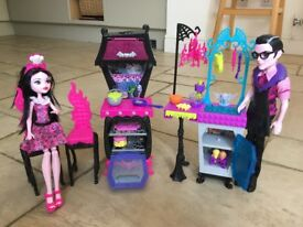 Monster High family kitchen