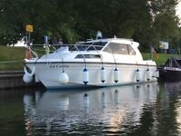 REDUCED: River Boat Renaissance 31 Motor Cruiser (on River Avon near Tewkesbury)