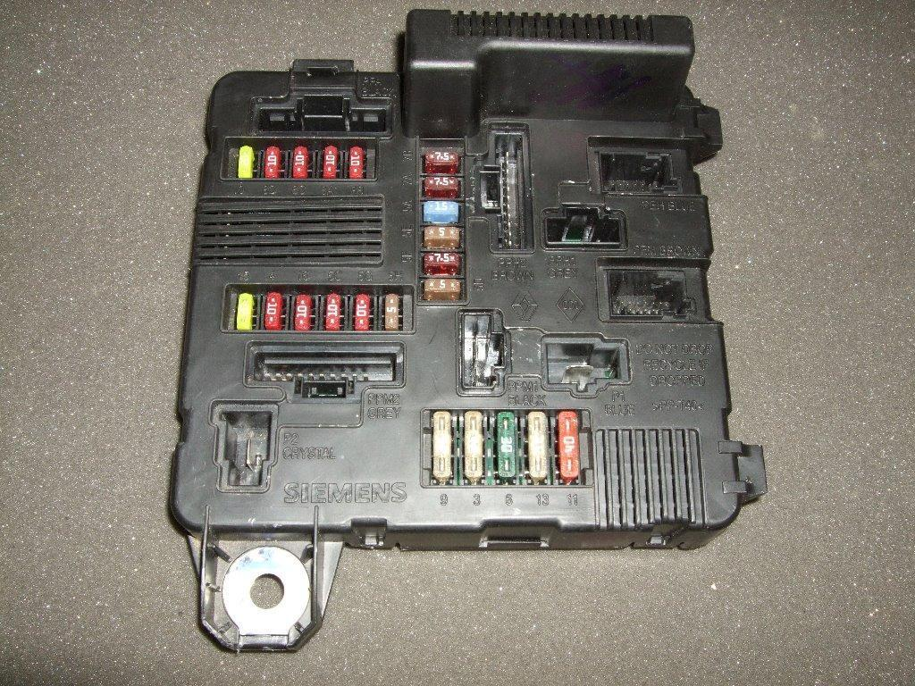 Renault Megane Scenic Under Bonnet Fuse Box Fusebox Unit Vauxhall Astra 2003 8200306033b S118399300 K