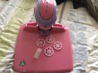 ELC Kids Projector, templates are included,projects drawings for kids to draw around,great condition