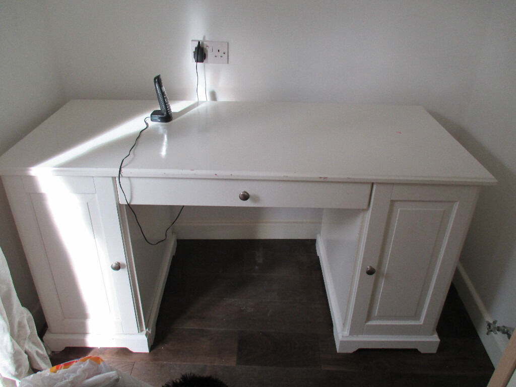 Ikea De Schreibtisch Galant ~ IKEA White LIATORP Desk £40  in East End, Glasgow  Gumtree