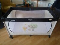 Hauck Willie The Pooh Travel Cot/Playpen