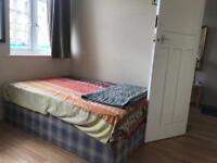 Double room opposite Hendon Central station