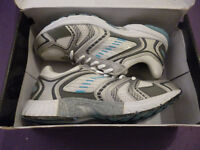 Boxed, unworn Size 7 trainers - white with blue