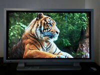 "Excellent Panasonic th-42pw5 plasma 42"" TV!!!"