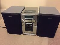 *FOR SALE* Philips Stereo w/ Radio, CD Player and speakers