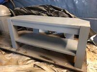 Solid corner tv stand