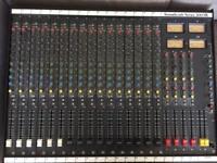 Soundcraft Mixing Desk - Series 200SR
