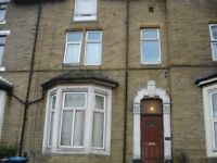 One Bedroom apartment in the busy area of Manningham being a 5 minutes bus ride to the City Center.