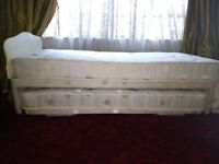 Foldable, Two Single Beds