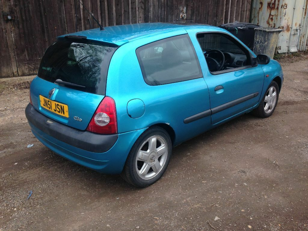 2001 renault clio dynamique dci 65 turquoise in high wycombe buckinghamshire gumtree. Black Bedroom Furniture Sets. Home Design Ideas
