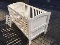 Cot bed that becomes children's bed