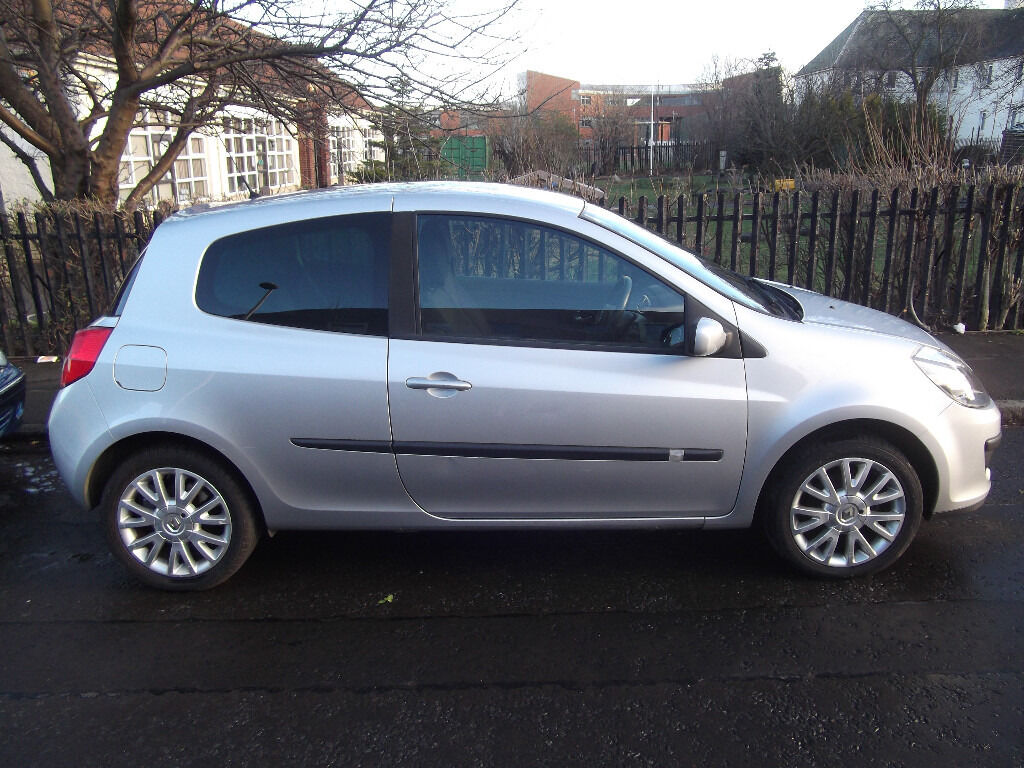 RENAULT CLIO 56 PLATE, GREAT CONDITION, LOADS OF RECEIPTS £1000 REDUCED