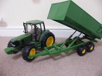 """LARGE GREEN JOHN DEERE TRACTOR AND TIPPING TRAILER APPROX 24"""" LONG - £25 OR MAKE AN OFFER"""