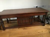 Old Charm Solid Oak Coffee Table with Nest Tables