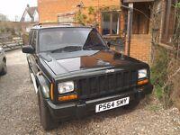 Jeep Cherokee LTD 4.0li automatic 4x4 1997 Mot till march 2018 £1500 ono