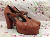Vintage brown/tan leather heels size 5