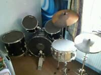 Manhattan full sized drum kit