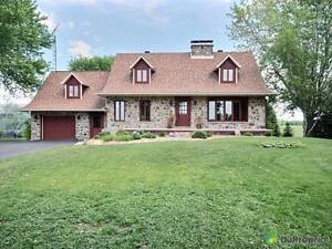 384 500$ - Maison 2 étages à vendre à St-Hyacinthe
