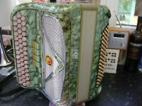marinucci 80 bass chromatic accordion lightweight