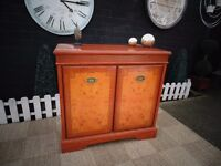 ABSOLUTELY STUNNING MAHOGANY (ITALIAN INLAID) SIDEBOARD VERY SOLID UNIT IN EXCELLENT CONDITION