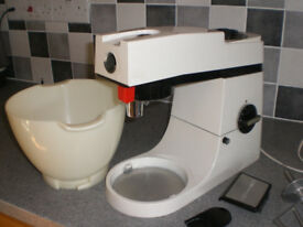 Kenwood Chef Food Mixer A901 £50