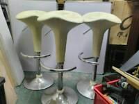 Kitchen bar stools x3