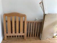 Cot bed £20