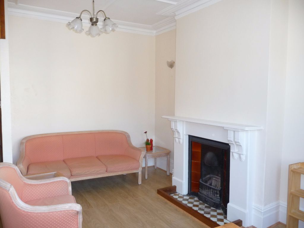 A Lovely One Double Bedroom Flat To Rent