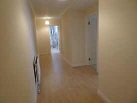 2 double bedroom flat to rent with parking space and patio in Central Hove