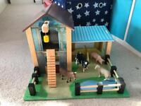 Le Toy Van Wooden Farm with Schleich Animals