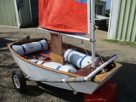 optimist dinghy with trolley