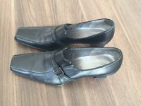 Gabor black leather shoes