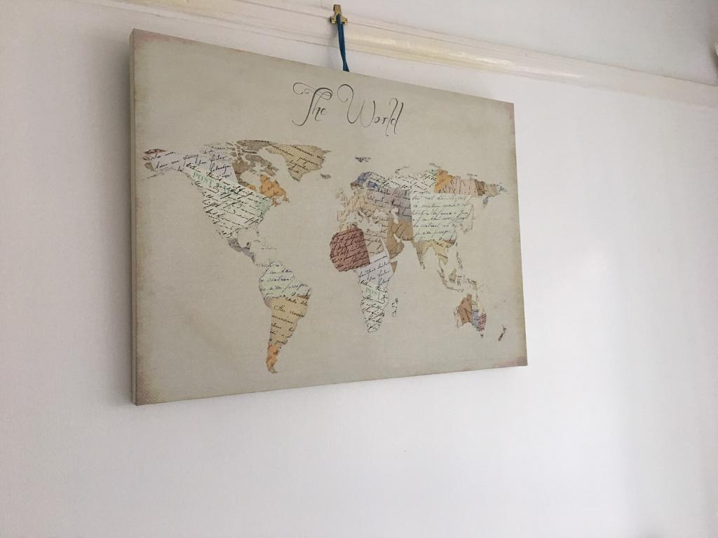 Wall picture canvass - world map