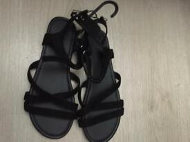 New girls /ladies sandals from H&M size 3
