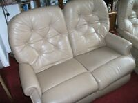2 piece leather suite settee+chair both recline