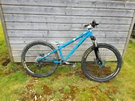 Dmr Reptoid dirt jump bike reduced price