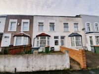 Lovely spacious four bedroom house with big garden in Stratford E15 1HL