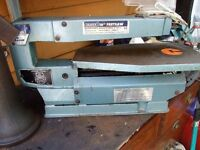 DRAPER 16in,,BENCH FRET SAW USED IN GOOD CONDITION