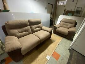 🚚🚚✅✅Super Comfortable Branded 2+1 Electric Recliners For Sale Works Excellent Free DeliveryRadius✅