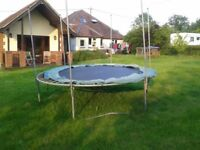 Large Trampoline FREE will help to dismantle
