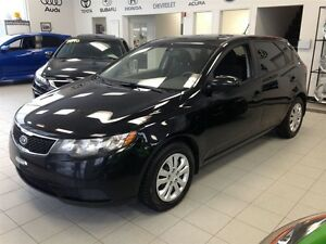 2012 KIA Forte5 2.0L LX AIR/BLUETOOTH